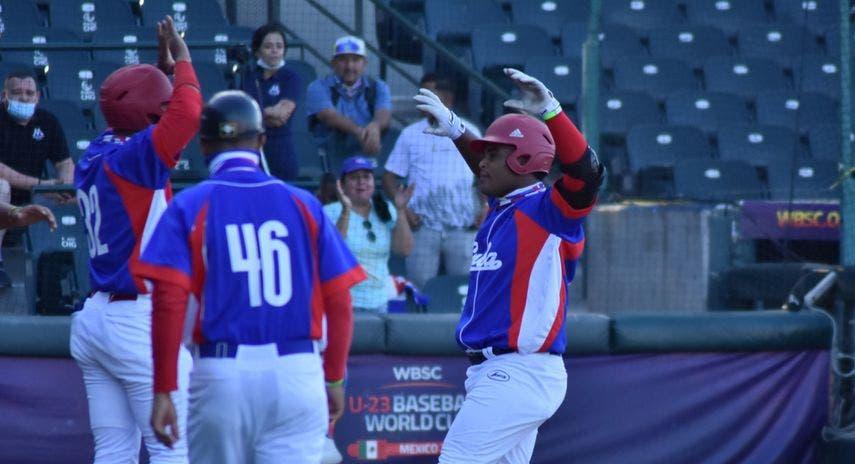 Cuba culpa a EEUU por deserción de 6 peloteros de su equipo