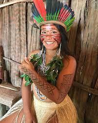 Joven indígena busca salvar su cultura a través de TikTok