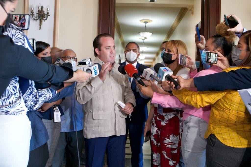 """El presidente del PRM, José Paliza, advirtió que todo ciudadano que cometa o este vinculado a un hecho ilícito """"tendrá que dar la cara ante la Justicia, aunque sea un miembro de nuestro partido""""."""