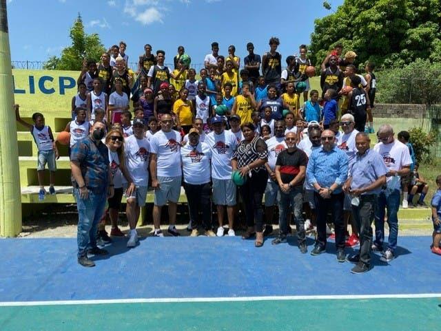 Team Molina da clínicas básquet y buenos consejos