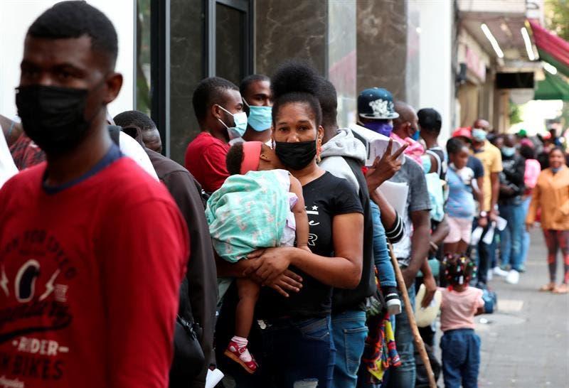 Haitianos planean quedarse en México por no poder entrar a EEUU
