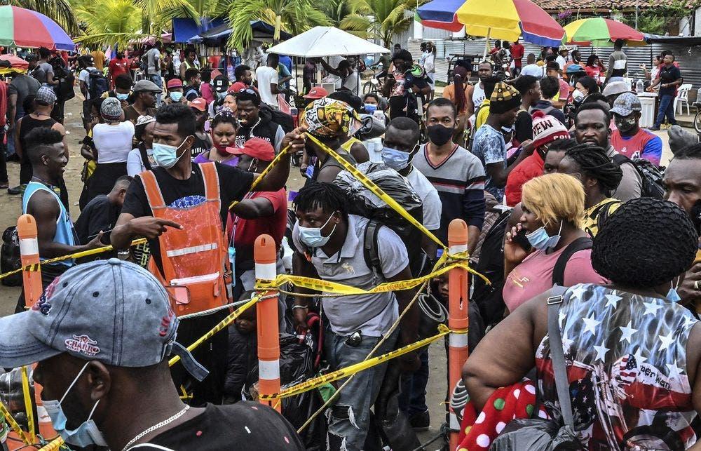 Unos 19.000 haitianos se encuentran varados en Colombia y Panamá