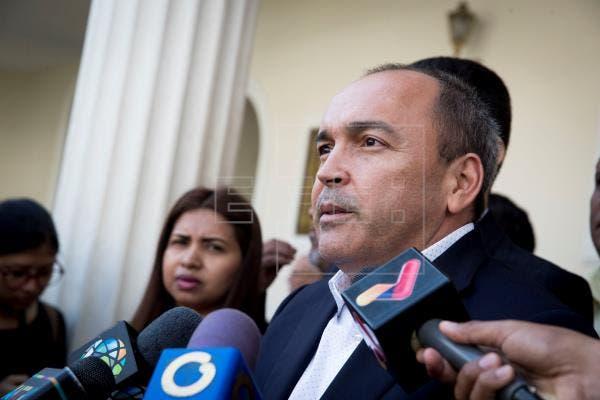 Negociador chavista en diálogo espera se levanten sanciones
