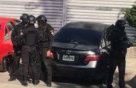 Procuraduría y servicios seguridad persiguen a Erick Mosquea, líder red Falcón