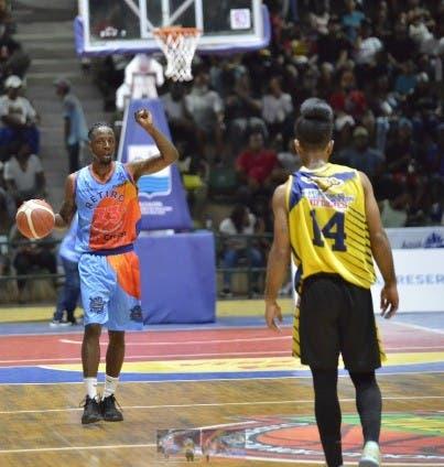 Retiro 23 gana primer juego en serie final torneo basket superior SPM