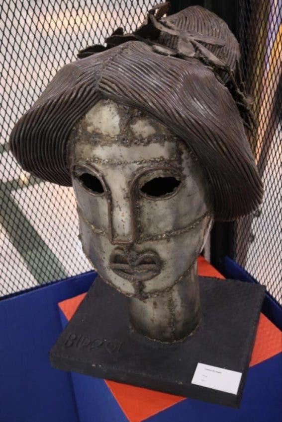 Escultura de Candido Bidó