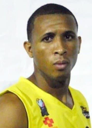 Quisqueya asume liderato basket SPM
