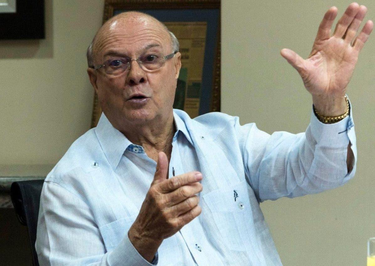 Hipólito pide detener nepotismo Gobierno