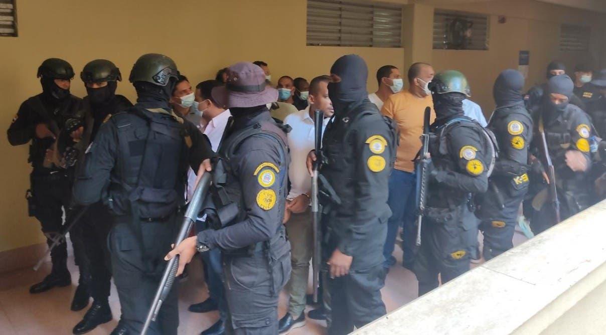 MP pide arresto domiciliario a 6 red Falcón