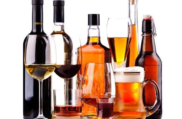 Sociedades médicas favorecen impuestos a bebidas