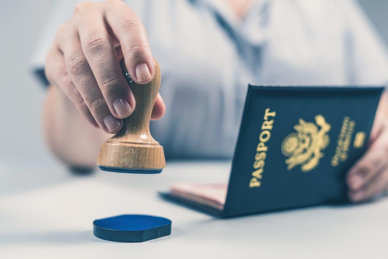 EE.UU. emite primer pasaporte con marcador género X