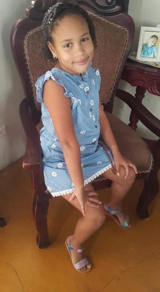 La niña Adrielis Tapia Ojeda fue alcanzada por los disparos que realizaron los desconocidos que se desplazaban a bordo de motocicletas.