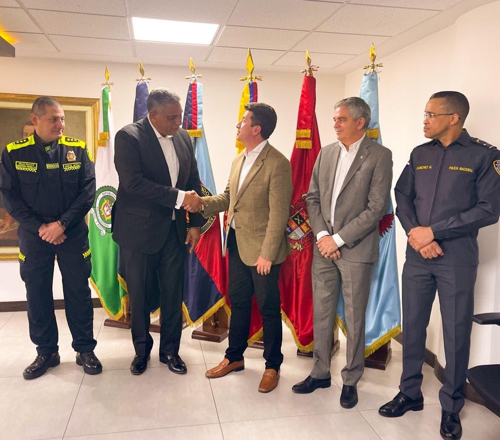 Colombia dará apoyo a RD en reforma policial
