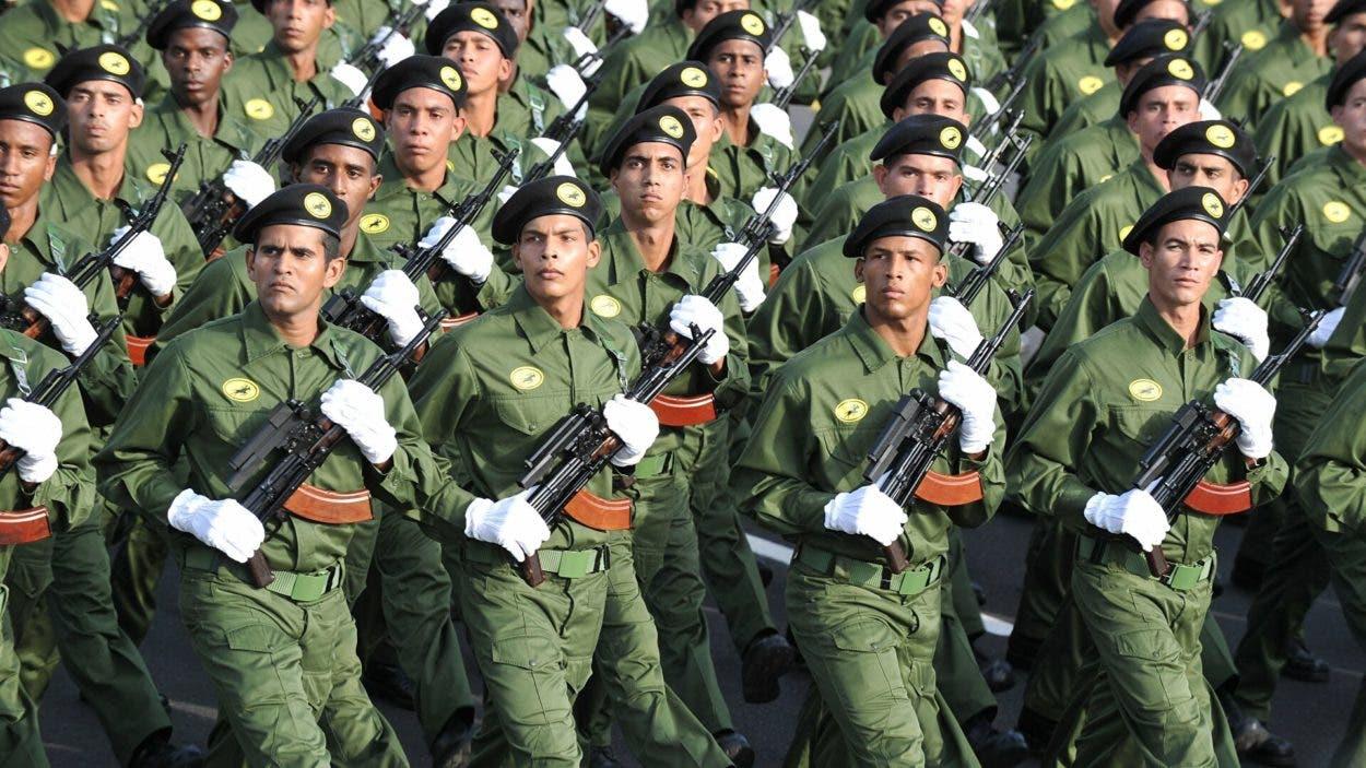 Cuba convoca a ejercicio militar en día de marcha opositora