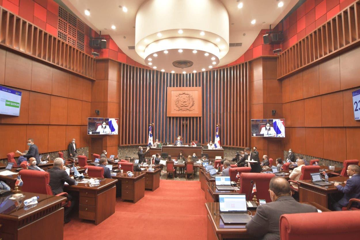 Senadores aprueban préstamos por US$150 MM