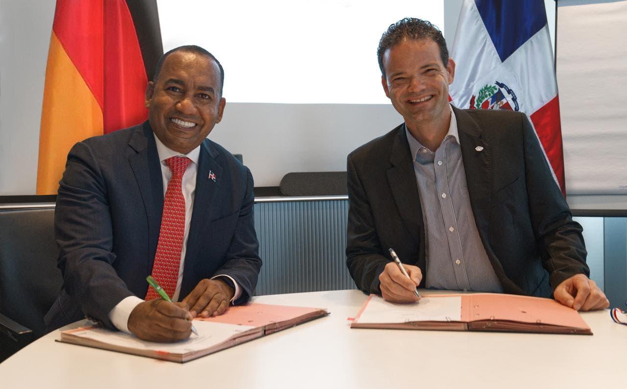 Departamento Aeroportuario recibirá colaboración de aeropuerto Munich