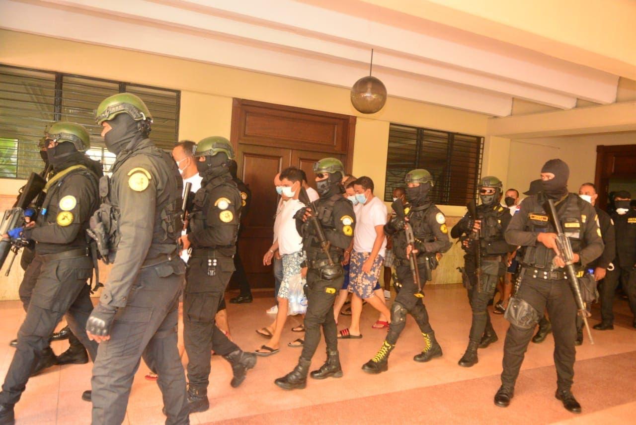 Dictan prisión preventiva contra 15 de 23 imputados de red Falcón