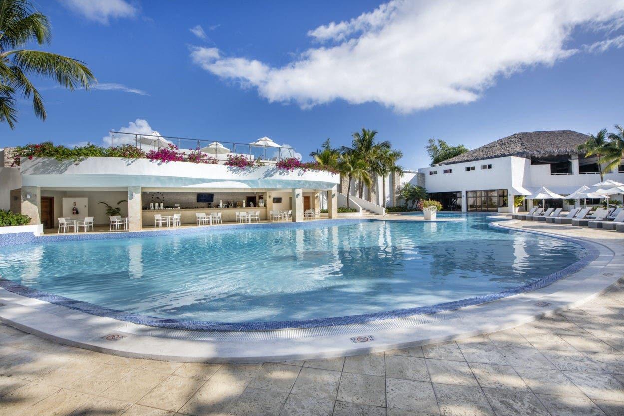 Hotel Viva Wyndham V Heavens reinicia servicios