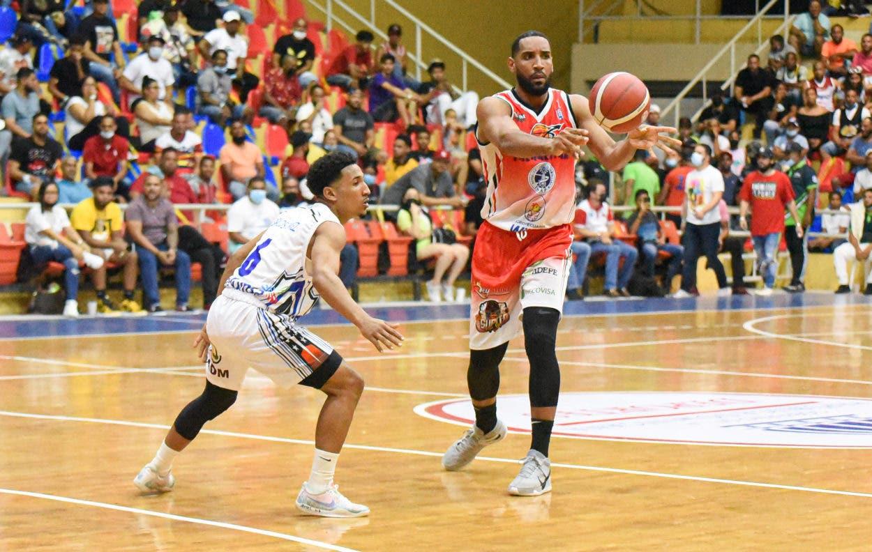 Don Bosco y San Sebastián dominan Baloncesto de Moca