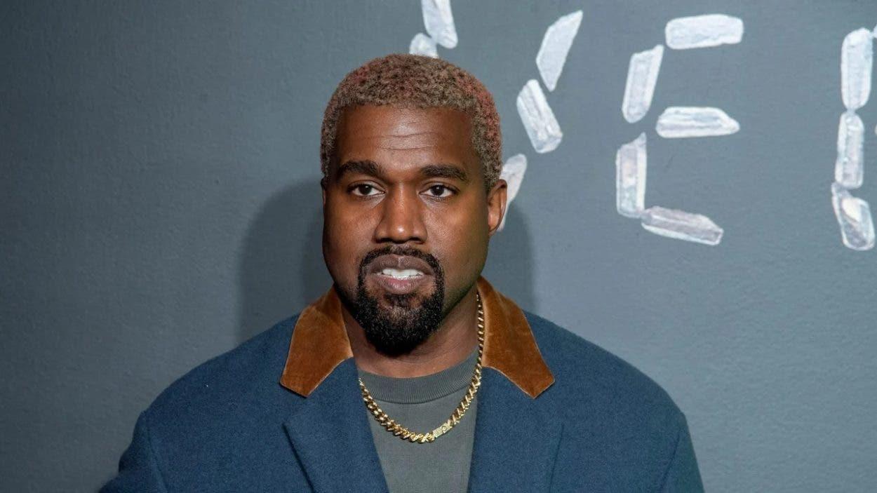 El rapero Kanye West cambia su nombre a Ye
