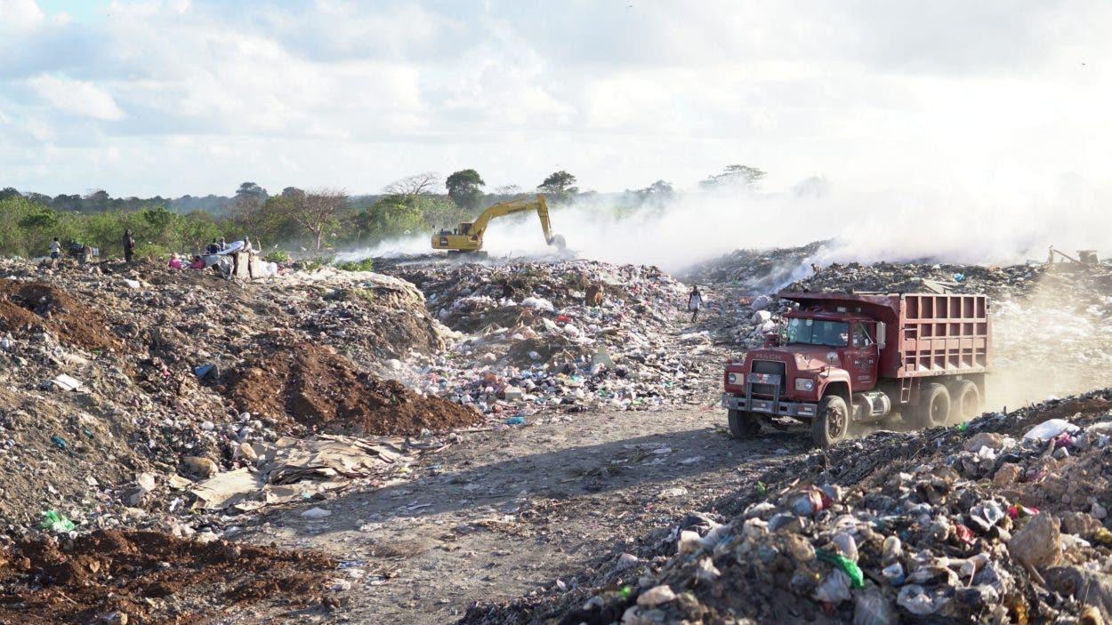 Medio Ambiente busca regularizar vertederos informales