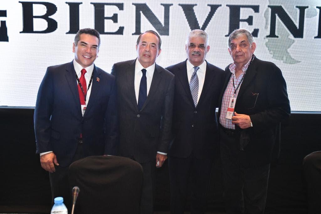 Miguel Vargas aboga por solidaridad en América Latina y el Caribe