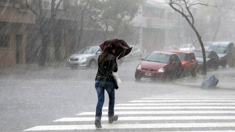 Las lluvias seguirán esta tarde y mañana en varias regiones del país