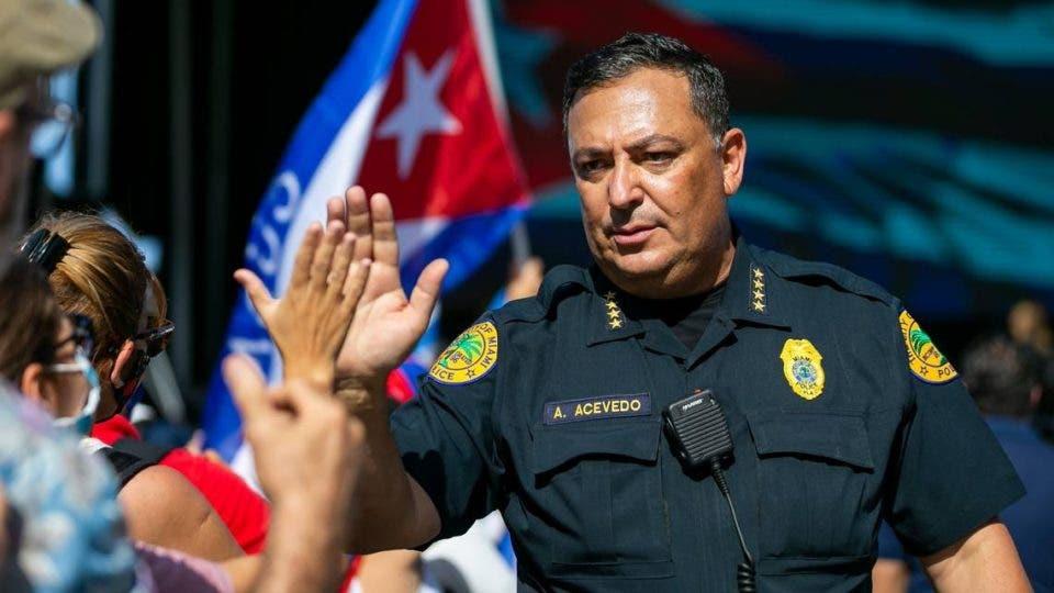 Una comisión de Miami valida despido del jefe de Policía
