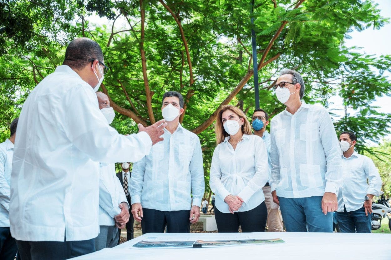 Supervisan remodelación Parque Mirador Sur