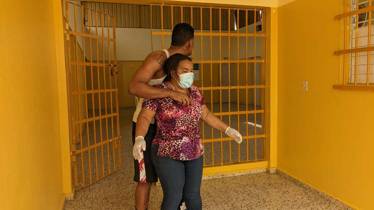 Interno secuestro médico dentro de prisión en Dajabón