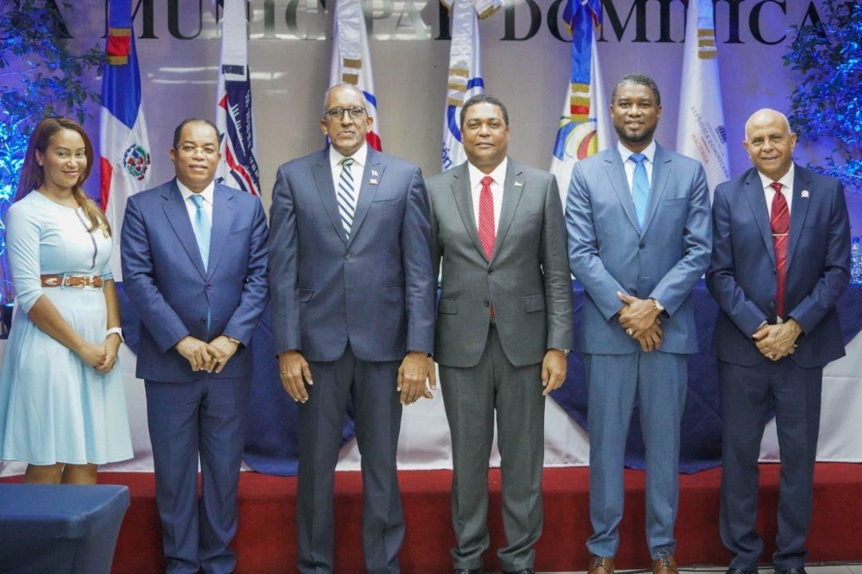 Coordinan acciones con ayuntamientos para que no incurran actos corrupción