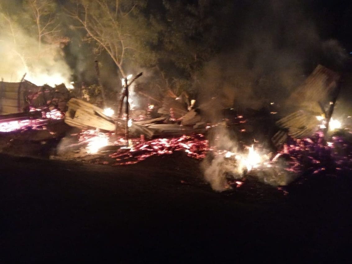 Muere recién nacida al incendiarse su casa