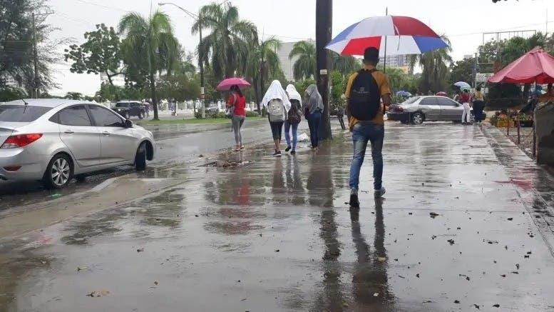 Anuncian aguaceros para varias regiones, ciclones no amenazan RD