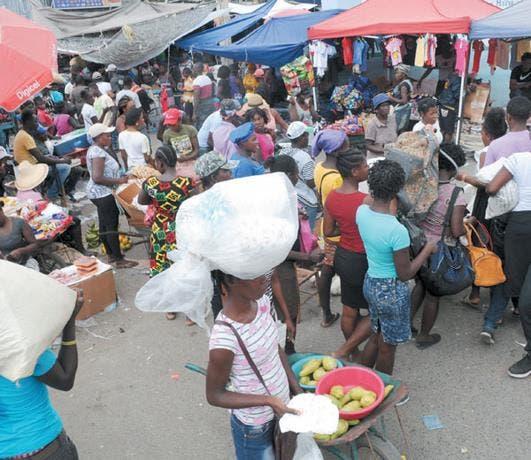 Director Migración reconoce no saber cantidad de haitianos hay en RD