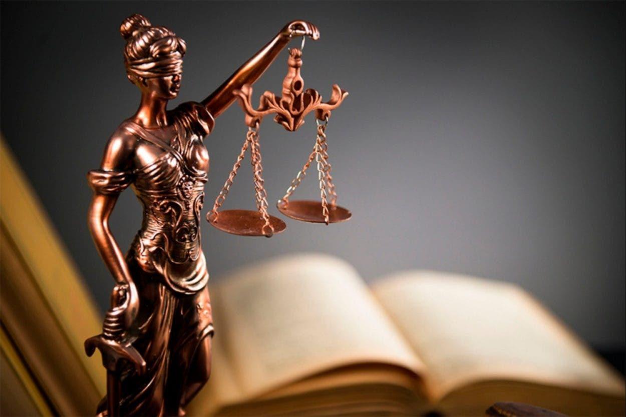 Derecho y lingüística ¿Dos polos separados