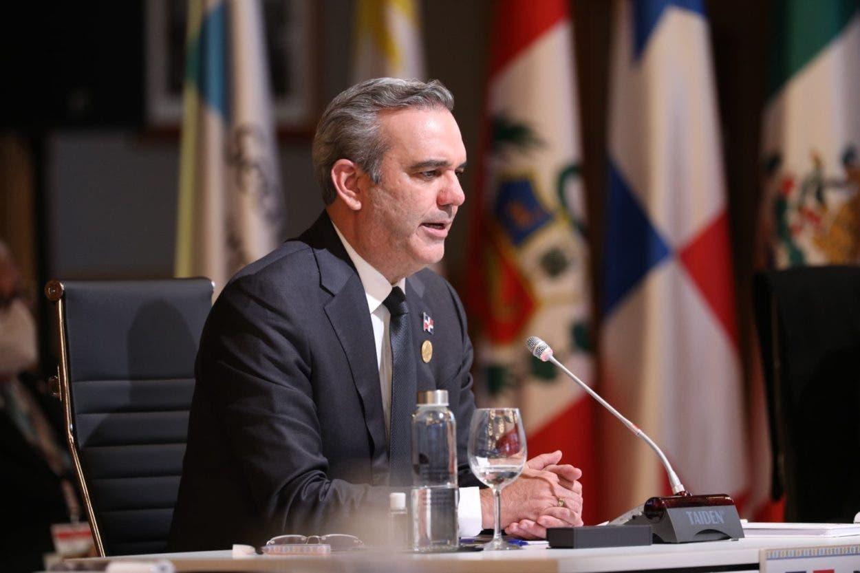 Abinader dice urge modelo de desarrollo con distribución más justa de la riqueza del mundo