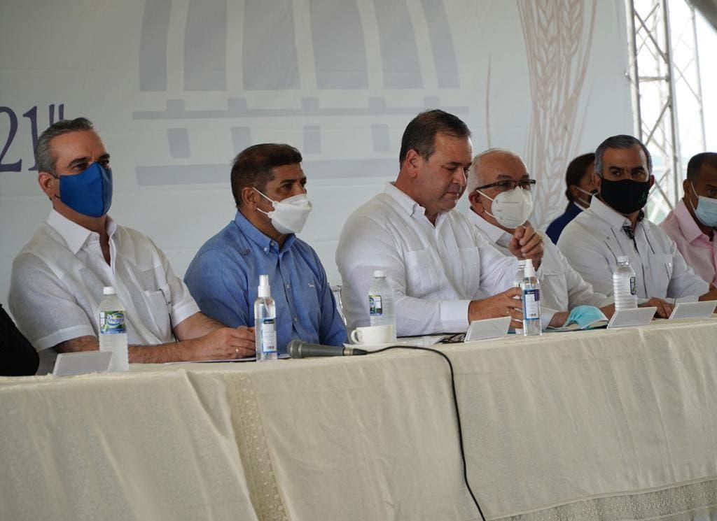 Abinader: «La producción arrocera abarca todas las regiones del país»